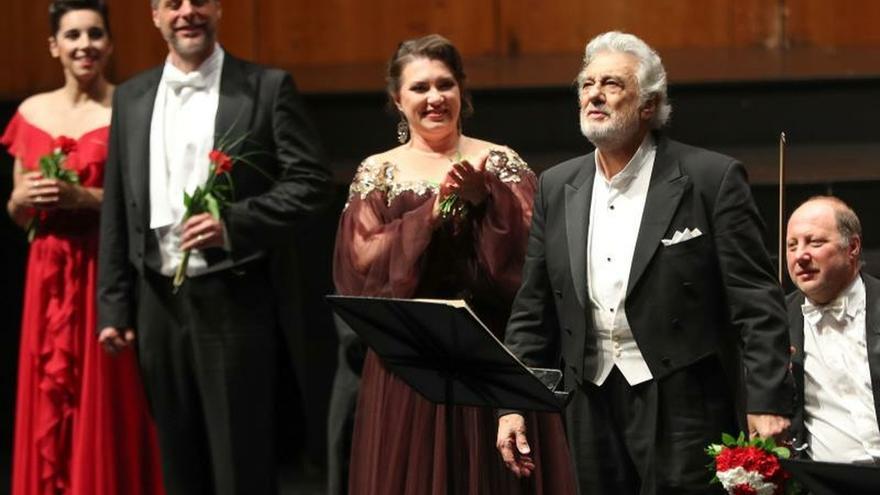 Domingo, ovacionado en Salzburgo, agradece el cariño del público