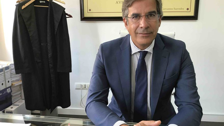 El letrado sevillano Javier Jaenes, abogado de los padres.