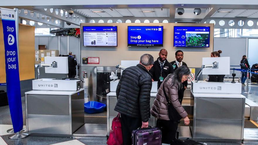 Los CDC desaconsejan viajar por Acción de Gracias en EE.UU. por la pandemia