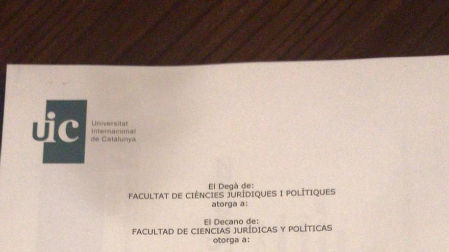 Titulación del curso realizado por Carina Mejías en la UIC