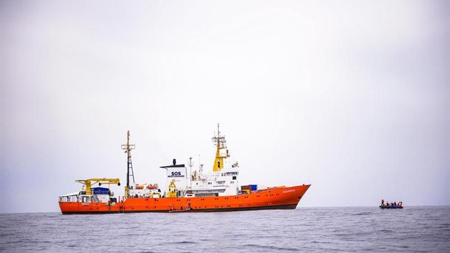 """La ONU pide protección para migrantes ante la situación del barco """"Aquarius"""""""