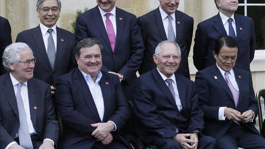 Los ministros de Economía del G7 se reúnen por segundo día en un encuentro informal