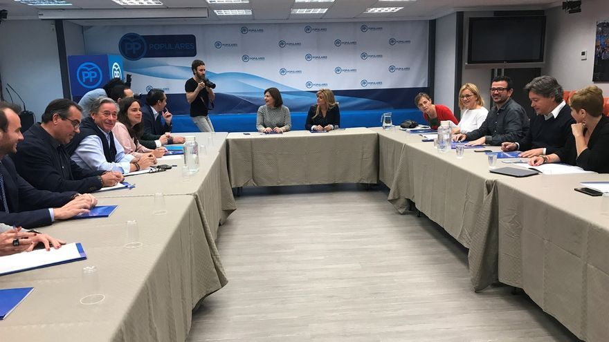 Bonig dice que antes de agosto se desbloqueará el congreso del PP en Valencia y que no dirá a nadie que no se presente