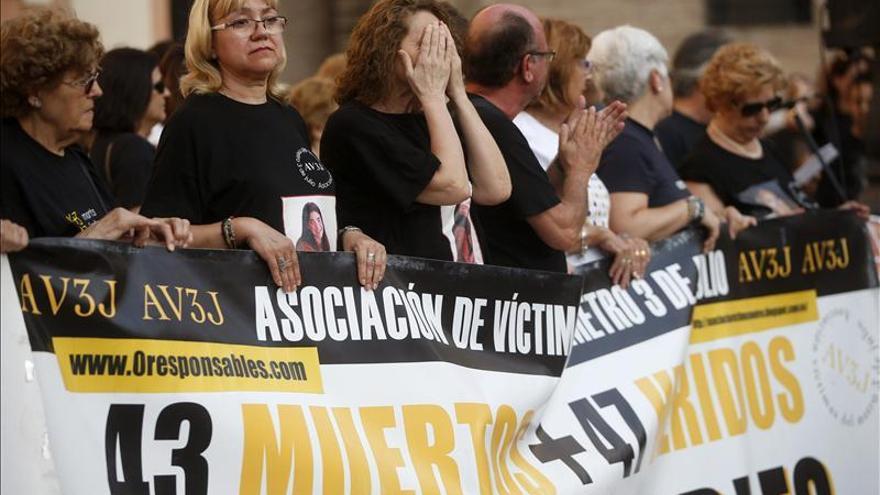 Las víctimas del metro de Valencia piden respuestas para todas las tragedias