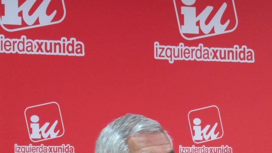 Llamazares propone un gobierno alternativo al PP que fije unas bases de regeneración democrática