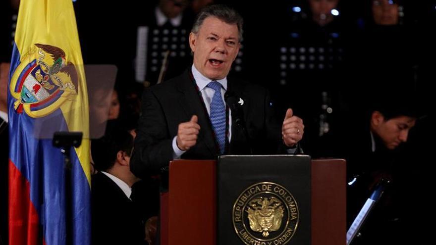 """Santos asegura que el proceso de desarme en Colombia """"es irreversible"""""""