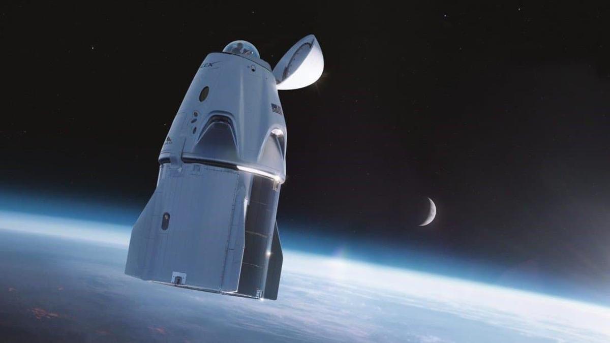 La primera imagen desde la cúpula de observación instalada en la cápsula Dragon