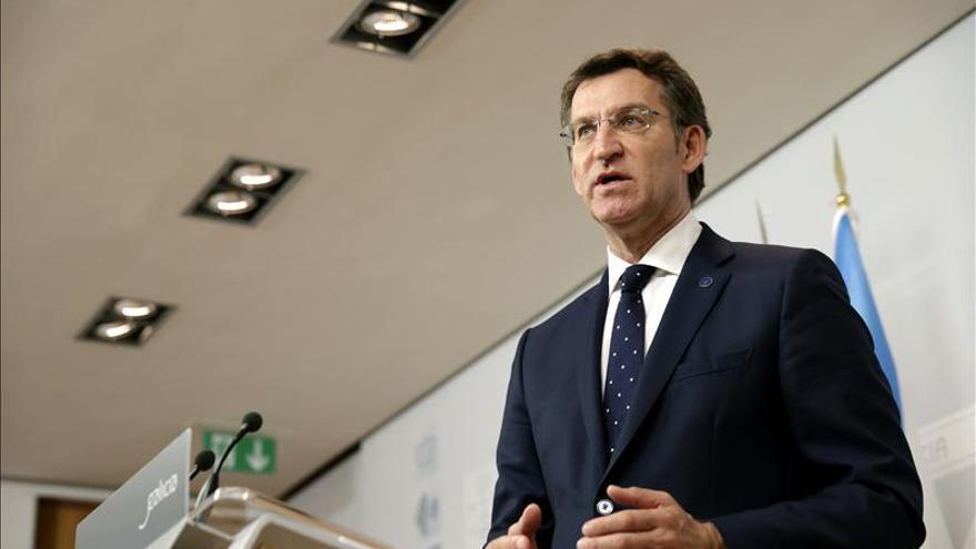 """Feijóo asegura que Rajoy """"será capaz de reconstruir lo que se ha caído en las elecciones"""""""