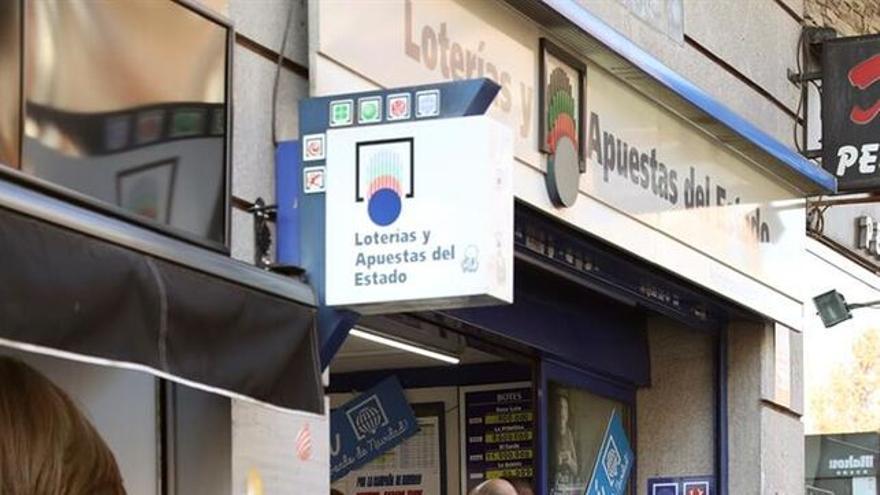 (Imagen de archivo) Estanco de Lotería Nacional.