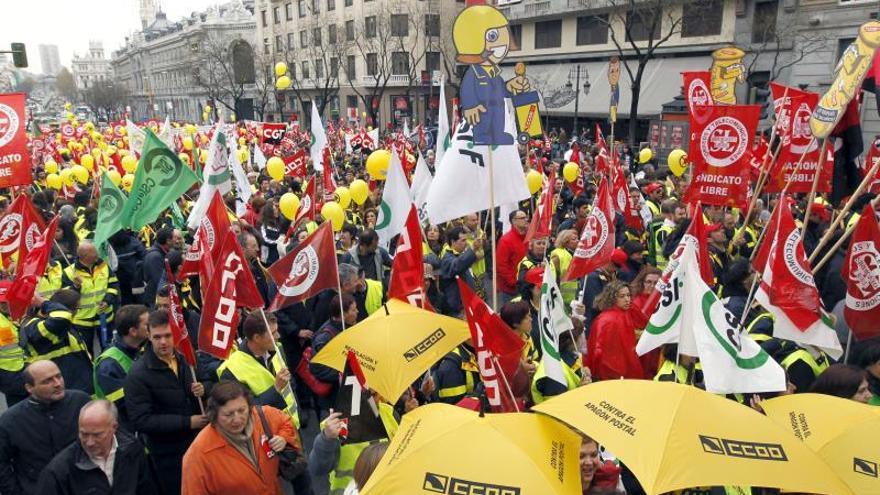 Sindicatos de Correos instan al nuevo Gobierno a mover ficha en la jornada de paros