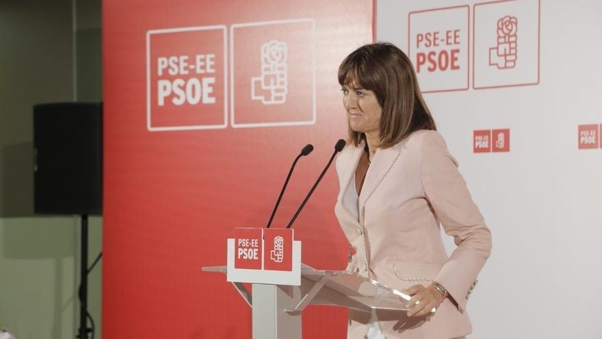 """Mendia (PSE) insta a """"llenar con palabras"""" de recuerdo a las víctimas el """"medio siglo de silencios"""" impuesto por ETA"""