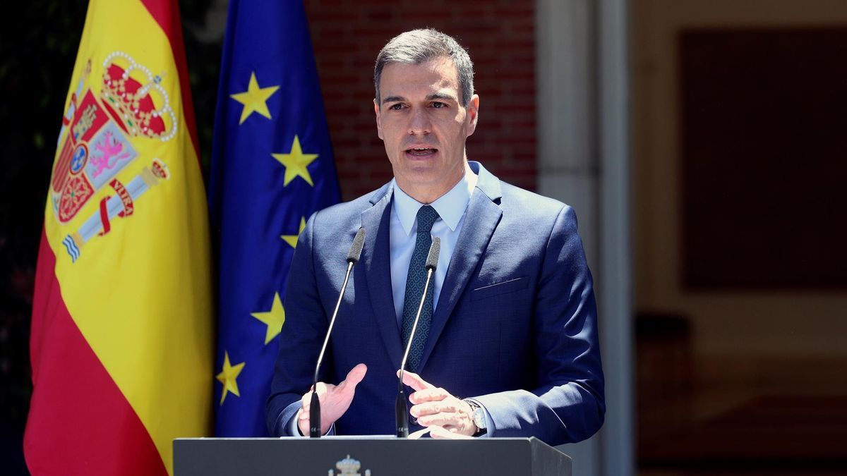 El presidente del Gobierno, Pedro Sánchez durante la rueda de prensa tras la reunión del Consejo de Ministros en el Palacio de la Moncloa este martes.