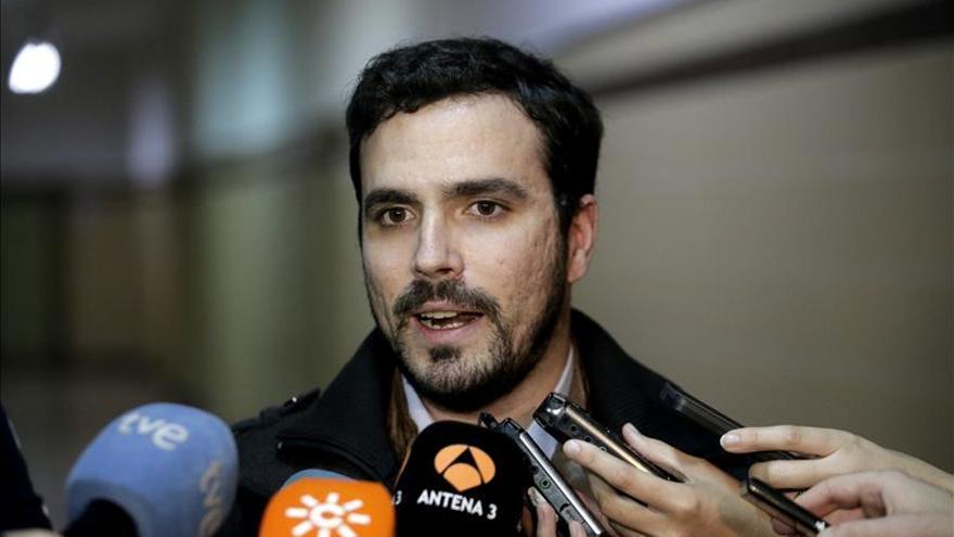Garzón quiere hablar con Rajoy de facilitar la consulta soberanista