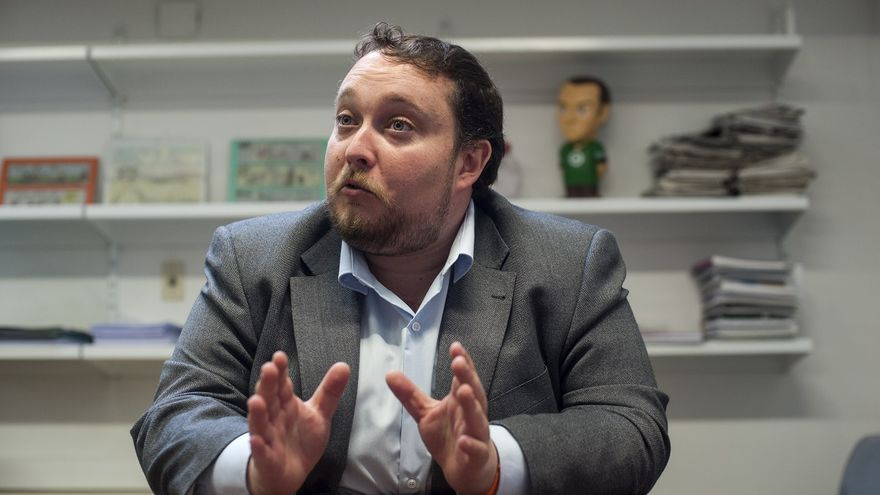 Rubén Gómez, portavoz de Ciudadanos en el Parlamento de Cantabria. | JOAQUÍN GÓMEZ SASTRE