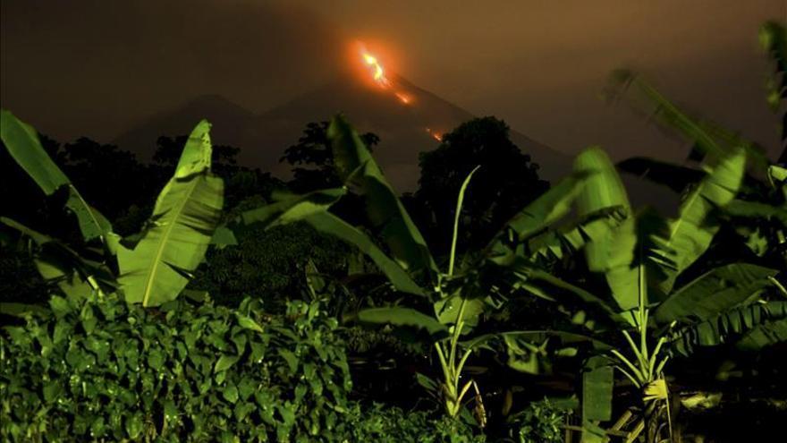 Las autoridades de Guatemala elevan la alerta ante el aumento de la actividad del Volcán de Fuego