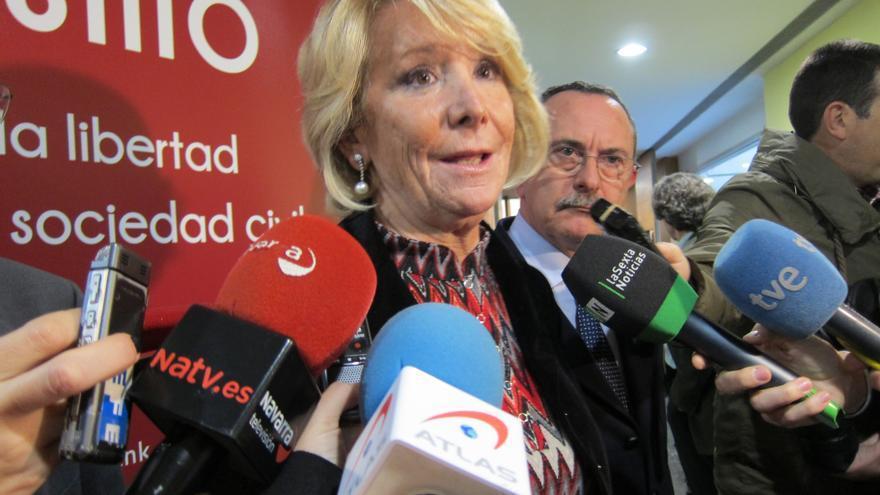 """Aguirre cree que Rajoy ha cogido """"los toros por los cuernos"""" para arreglar España pero rechaza que """"soltara"""" a Bolinaga"""