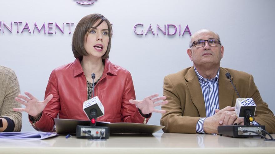 Diana Morant, alcaldesa de Gandia, y Ciro Palmer, concejal de Ciudadanos