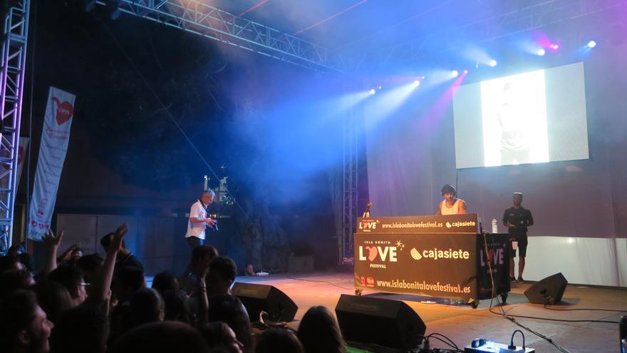 DJ Ray Castellano fue uno de los principales reclamos de la noche.