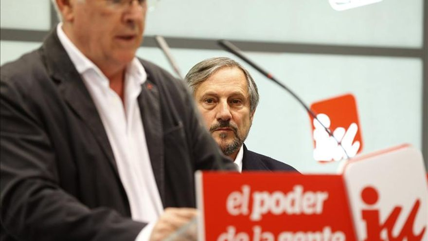 La apuesta de Cayo Lara por la candidatura europea de Meyer no ha sobrevivido a las últimas noticias.
