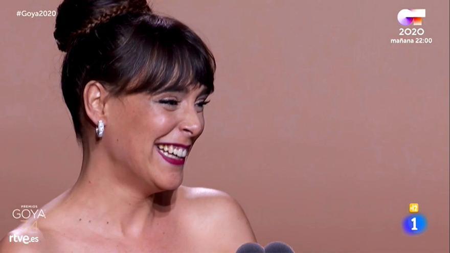 Belén Cuesta recogiendo su Goya 2020 a Mejor actriz principal