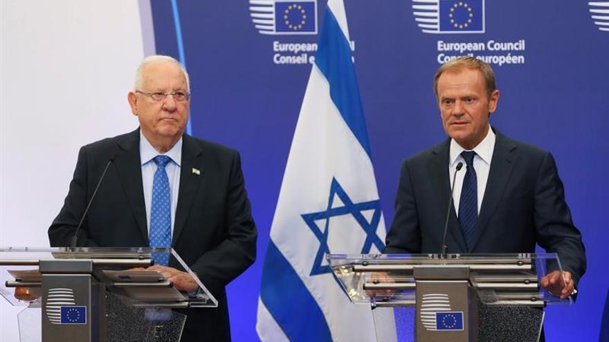 El presidente israelí pide mejorar la vida de los palestinos para evitar el extremismo