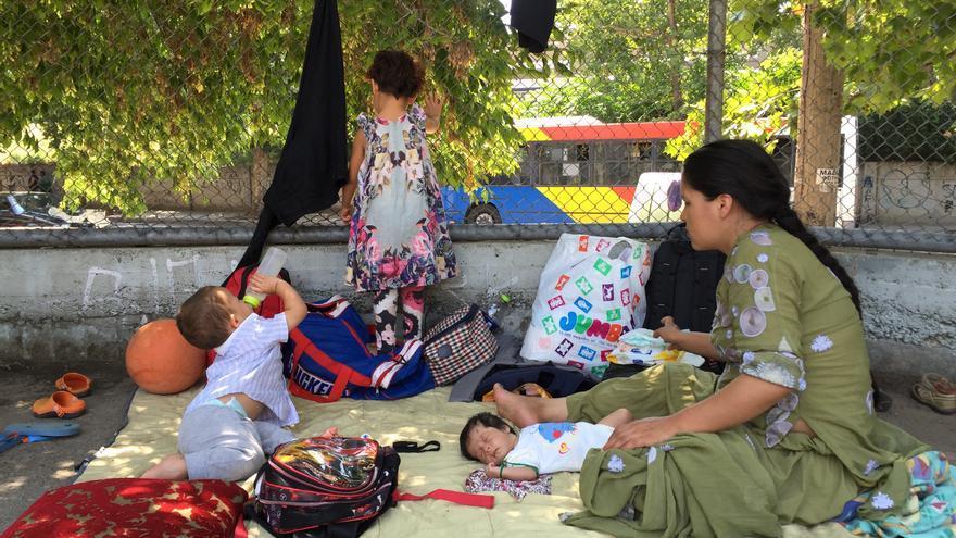 Mariam con algunos de sus hijos menores   Arantza Diez