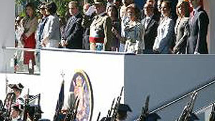 Abucheos a Zapatero y De la Vega en el desfile militar
