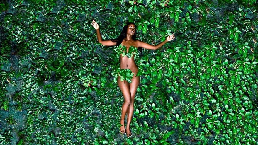 El fotógrafo de Senegal que homenajea a las personas negras de ayer y de hoy