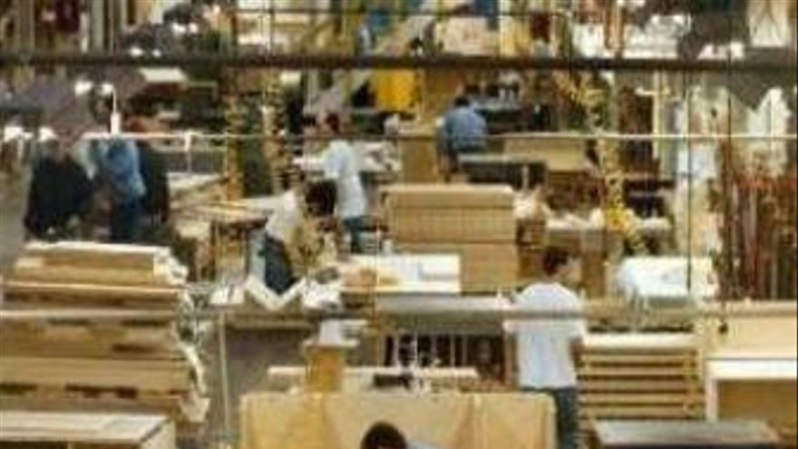 Más de 1,4 millones de empleados no han percibido aún el aumento salarial pactado