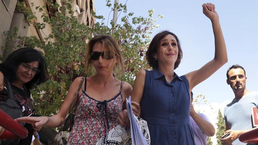 La Fiscalía retira el recurso para pedir cárcel a Juana Rivas tras la entrega de sus hijos