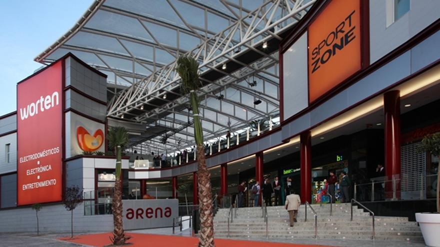 El centro comercial Arena situado en el barrio de Orriols