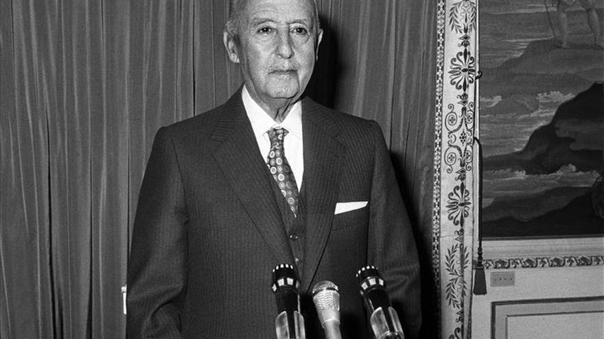 José María Zavala: Franco era tan monárquico que llegó a creerse todo un rey