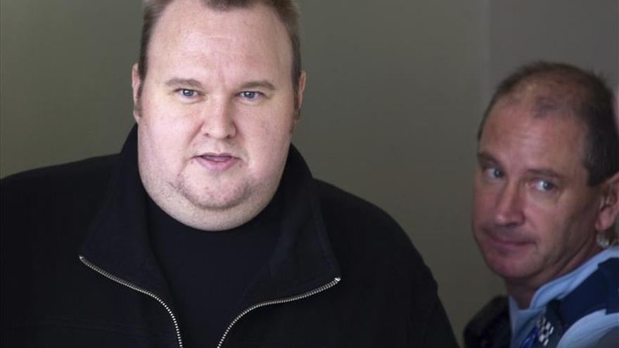 Aplazado el juicio de extradición de Dotcom a EEUU al 1 de septiembre de 2015