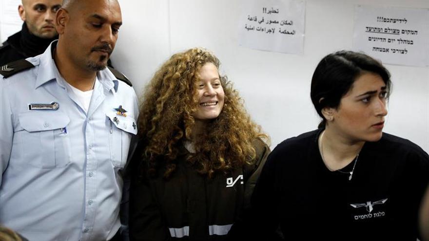 La Oficina de la ONU, preocupada por la detención de la menor palestina Ahed Tamimi
