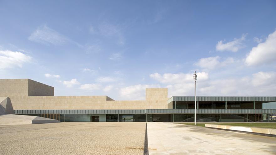 Centro de Congresos y Exposiciones Lienzo Norte.