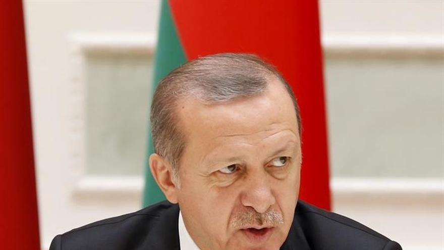 Erdogan firmará la ley de pena de muerte si el Parlamento la aprueba