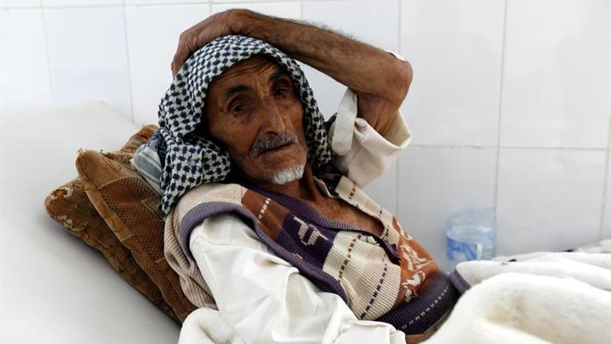 El número de casos de cólera en Yemen alcanza el medio millón, según la OMS