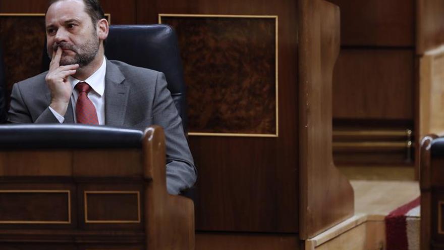 """Ábalos denuncia la consumación en Andalucía del """"pacto de la vergüenza"""""""