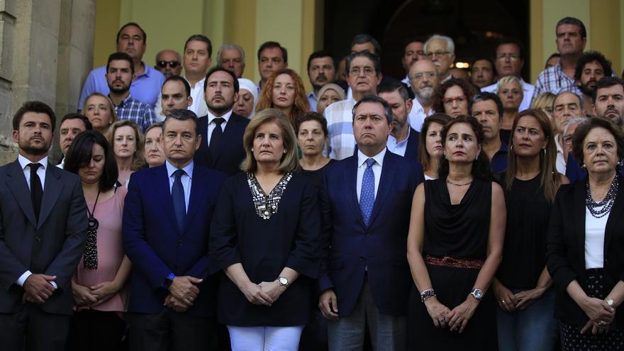 """Andalucía condena los atentados de Cataluña con un mensaje de """"unidad"""" y se solidariza con las víctimas"""