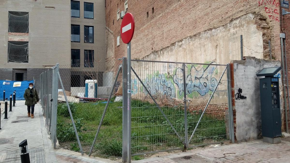 Parcela puesta a la venta por el Ayuntamiento de Madrid en la calle Tenerife