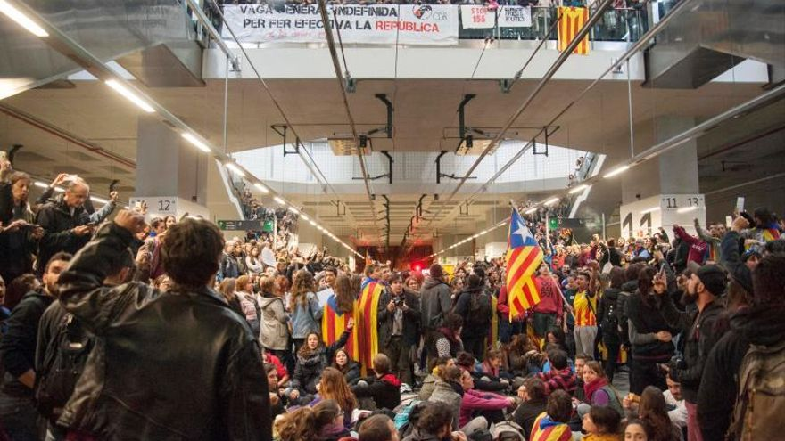 Un juez deja en libertad al investigado por cortar las vías del AVE 8N en Girona