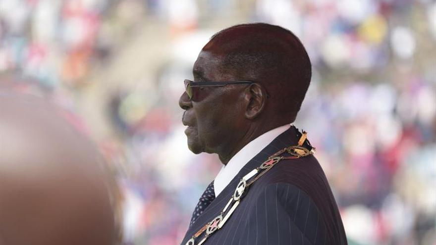 Mugabe llega a Venezuela para participar en la Cumbre de los No Alineados
