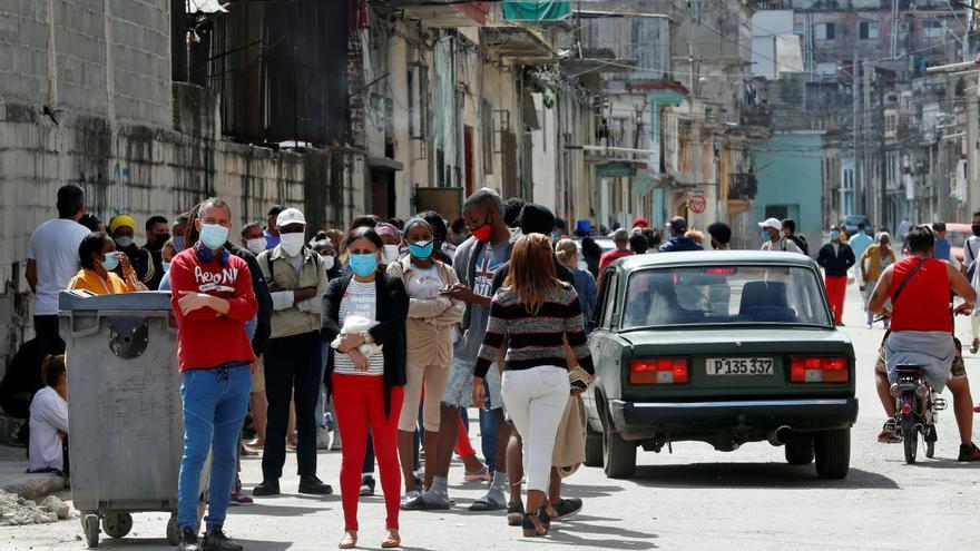 Cuba alcanza un nuevo máximo con 2.698 casos de covid en un día