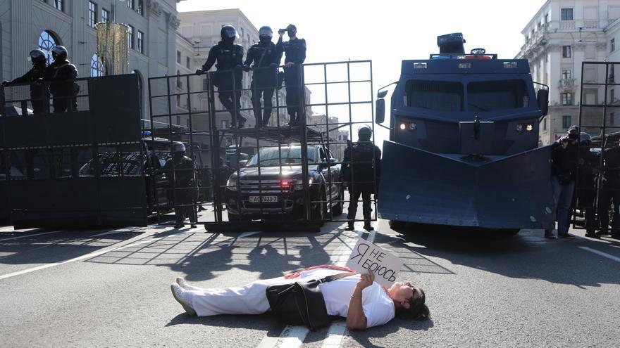 """Lukashenko habla de """"guerra civil"""" en Bielorrusia pero dice que no sucederá"""