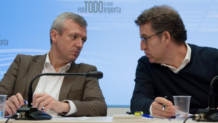 Feijóo y su vicepresidente, Alfonso Rueda, miembro de su gobierno desde 2009