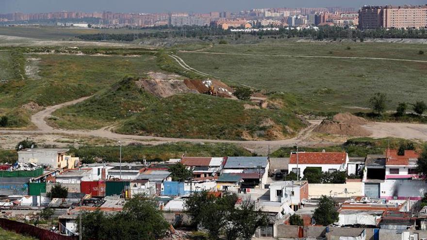 """Construirse la vivienda, una salida """"empoderadora y sostenible"""" para asentamientos chabolistas"""