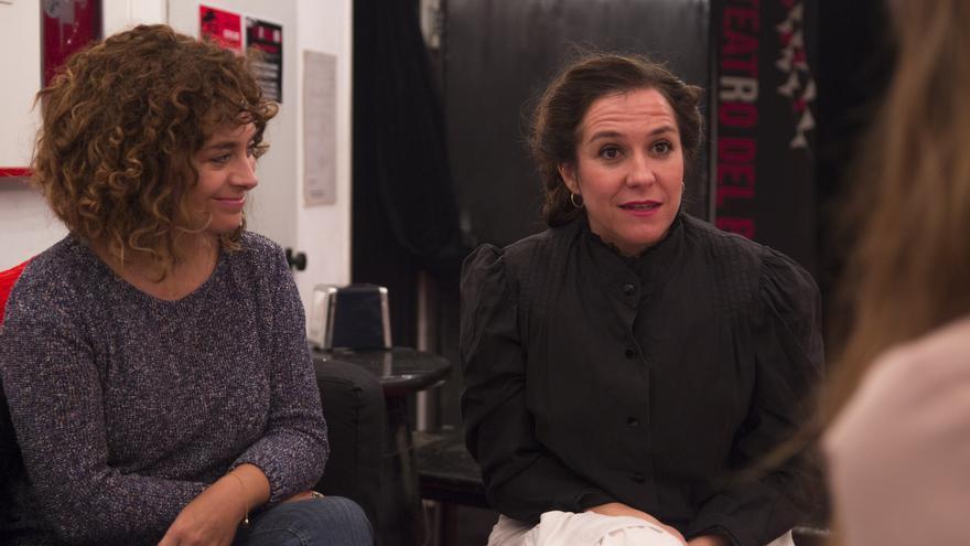 La actriz Pilar Gómez y la directora Anna R.Costa