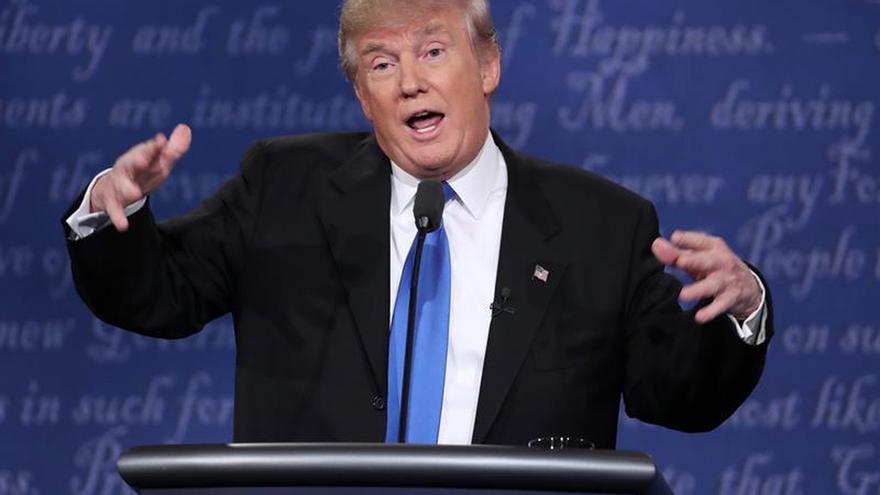 Trump niega su apoyo a la guerra de Irak y acusa a la prensa de inventarlo