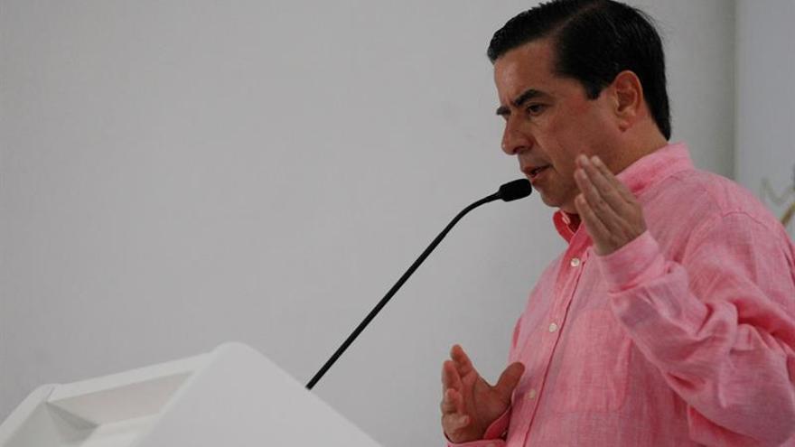 El ministro del interior de colombia renuncia pensando en for Interior elecciones