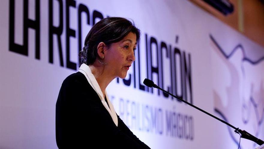 Betancourt, icono del secuestro, regresa a Colombia para pedir reconciliación